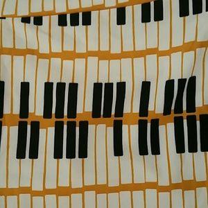 Lularoe Piano Leggings OS NWT