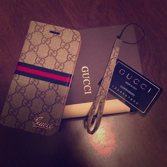 quality design 18708 8b241 Gucci iPhone 7 plus wallet case NWT