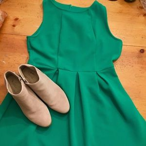 exhilaration Dresses & Skirts - Emerald green dress