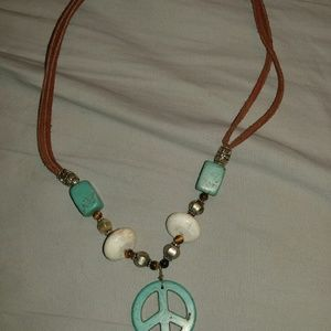 Jewelry - Cute turquoise peace sign necklace
