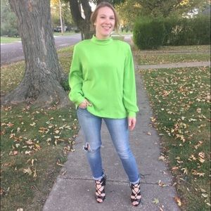 Doncaster Tops - 🆑Gorgeous Green Silk Blouse 1 HOUR ONLY