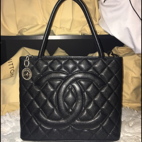 cde43471905e CHANEL Bags | Sold On Tradesy Authentic Medallion | Poshmark