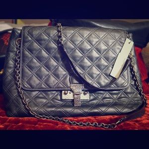 Marc Jacobs Handbags - MJ XL Authentic Quilted Crossbody! ❤️