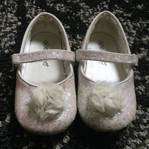 Other - White shoes with iridescent sparkle