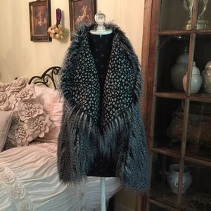 ❗️NEW Alice and Olivia Faux Fur Vest