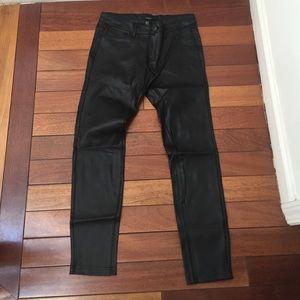Forever 21 Pants - NWOT Forever 21 Coated Stretchy Leggings Pant Sz26