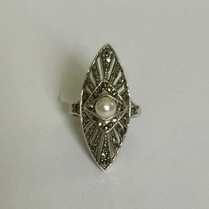 Vintage Jewelry - Vintage Pearl & Marcasite Ring