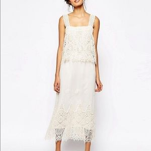 HOST PICK 💕Soma London Layered Crochet Maxi Dress