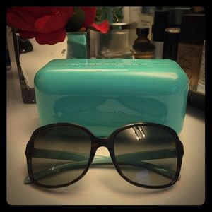 Authentic Tiffany and co sunnies