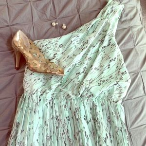 Vince Camuto Dresses & Skirts - Mint dream! Vince Camuto One Shoulder Mint Dress