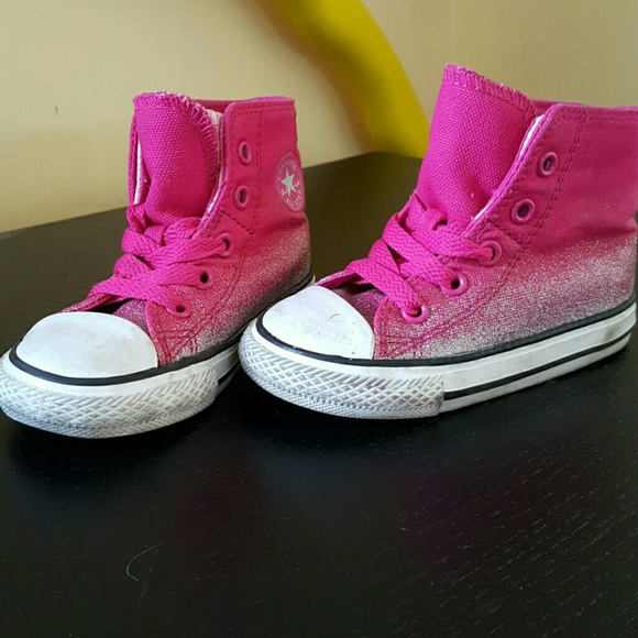 6b9f95bebe2b Converse Other - Converse Size 6 Toddler Pink Sparkle Sneakers