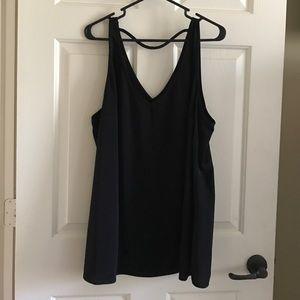 Black sleeveless blouse 20