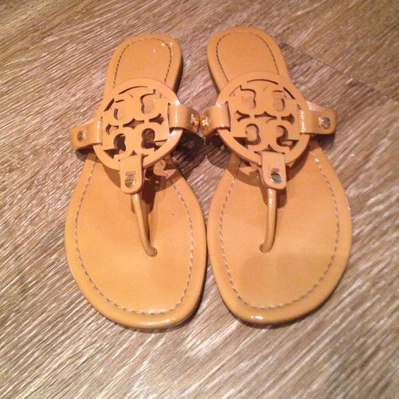 6f0351df068 Tory burch Miller nude patent sandals 8. M 580cf705fbf6f934ee00bb53