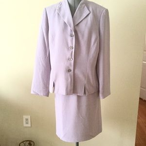 Le Suit Dresses & Skirts - Le Suit Lavender Two Piece Skirt Suit