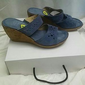 Sotto Sopra Shoes - Sotto Sopra Blue Suede Leather Sandals Sz 9