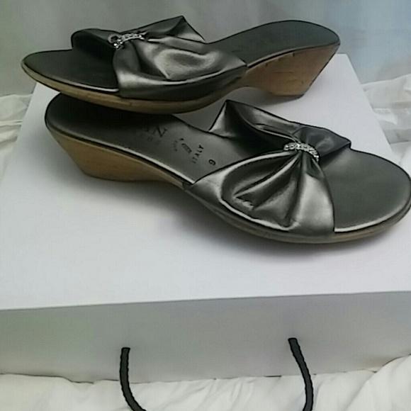 70111222f1 Thalian Shoes | Italian Shoemakers Leather 9 Wedge Sandal Jewel ...