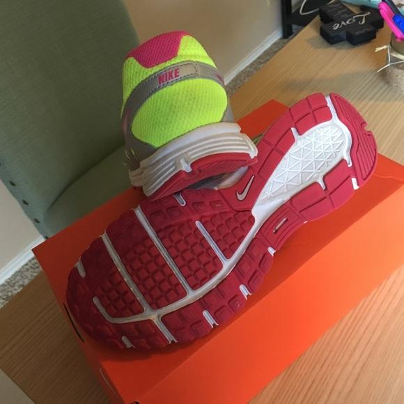 Nike Shoes - Revolution 2 Nikes
