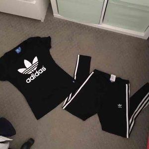 Adidas originals leggings set!