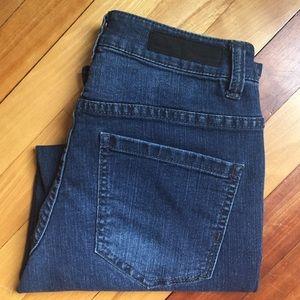 Liverpool Jeans Company Denim - Liverpool Jeans Michelle Capri, Dark Wash