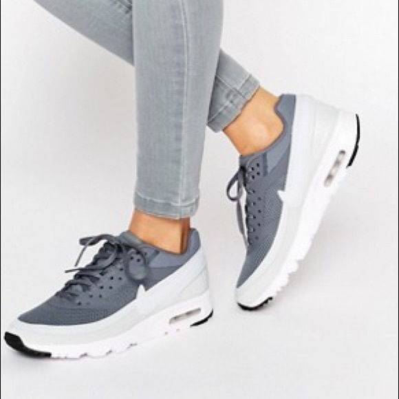 d5f8fcf995 Women's Nike Air Max BW Ultra shoes in Cool Grey. M_580d163968027860790837ad