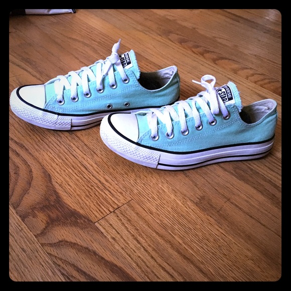 CONVERSE ALL STAR sea foam green low tops sz 8 EUC d3b30d070