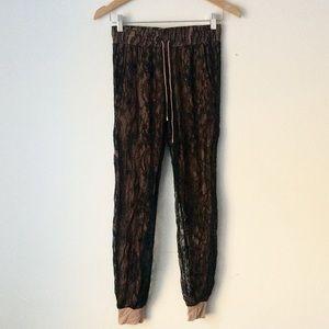 Haute Hippie Pants - HAUTE HIPPIE - Lace Joggers