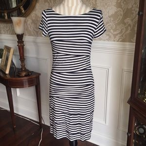 Vince Camuto dress...Size XS