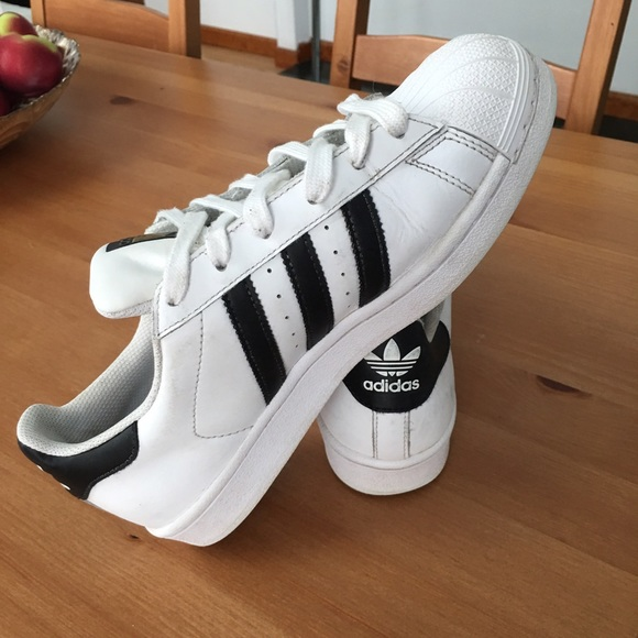 White Adidas Superstars, size 5.5 men's 7.5 womens