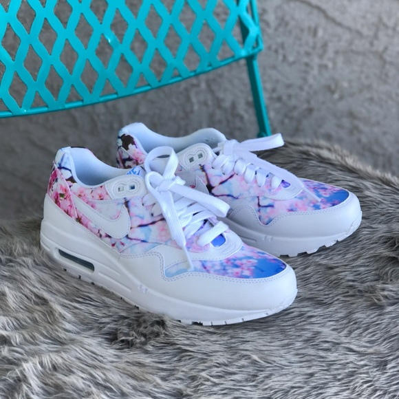 the latest 4e15b d2c32 Wmn Nike Air Max 1 Cherry Blossom