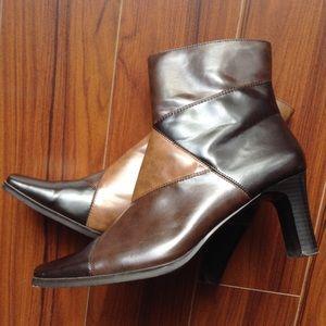 Shoes - PRICE-DROP: Brown Patchwork Zip Bootie