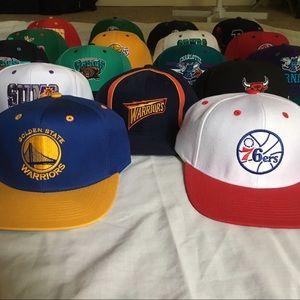 RARE/VINTAGE NBA SNAPBACKS!!!