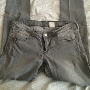 H&M gray low rise skinny jeans