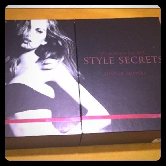 1355124255228 VS Style Secrets Push-up Shapers. M 580d518599086ad3e408e8e0