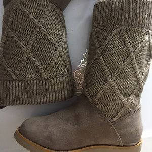Mayoral Other - Knit, suede tan boots