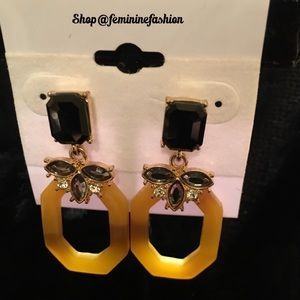 Adia Kibur Jewelry - Flower Resin Earrings