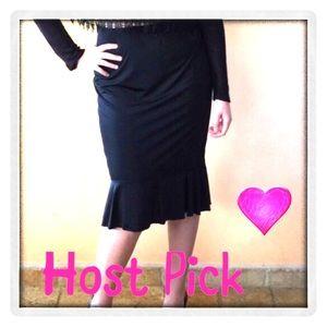 Classic Woman Dresses & Skirts - ❣️HP❣️💟 NEW Flirty Black skirt w/ ruffles