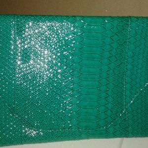 Green Envelope Clutch w/attachable straps