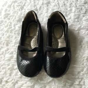 Other - Me Too Black Ballet Flats Size 6.5 toddler