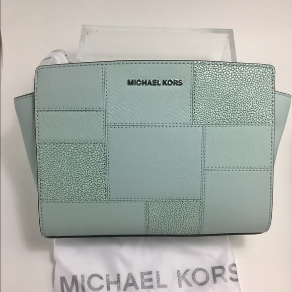 7c219b747257 Michael Kors Medium Selma in Mint