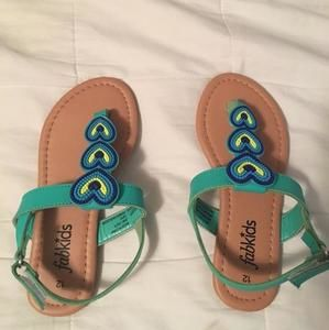 Other - Adorable sandals with beads work