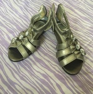 Other - Silver colour sandal in size 6-7