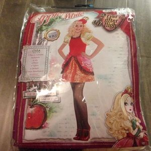 Other - apple White Halloween costume Ever after high