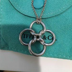 Tiffany co jewelry tiffany co elsa peretti quadrifoglio jewelry tiffany co elsa peretti quadrifoglio pendant mozeypictures Gallery