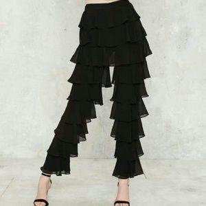 Lavish Alice Ruffle Round the edges tiered pants