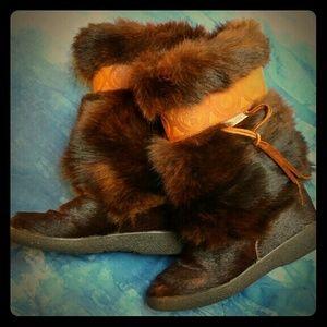 Pajar fur boots