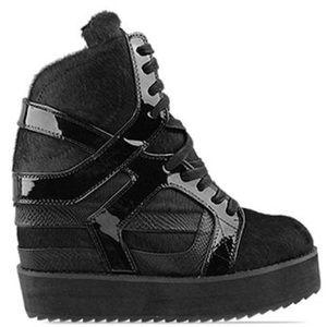 "JEFFREY CAMPBELL- ""Rodman"" womens sz 7.5 shoe RARE"