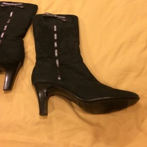 predictions Shoes - 🦋Predictions Size 7 heeled black boots