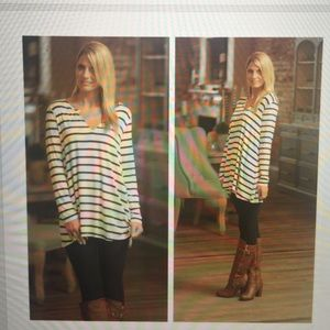 Infinity Raine blue and cream striped Tunic