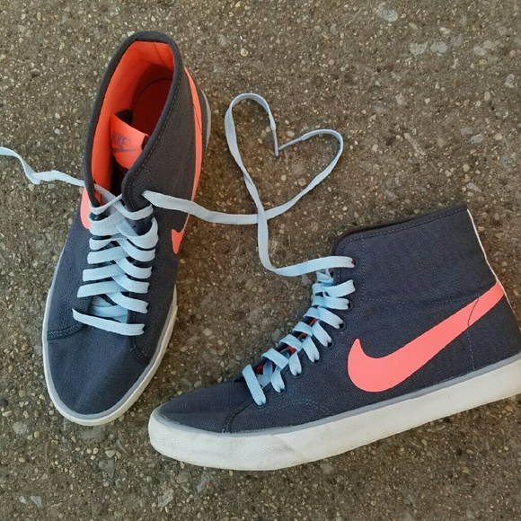 nike canvas shoes high tops