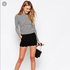 NWT black scalloped shorts 